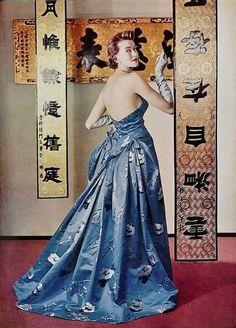 1954 Christobal Balenciaga