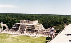 See 4063 photos from 35940 visitors about pyramid, guide, and architecture. Jaguar, Architecture, Building, Travel, Temple, Knights, Earth, Voyage, Arquitetura