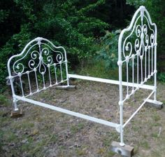 Antique Iron Bed - Well Made - Full Size, (can be extended to fit  Queen size) in Antiques, Furniture, Beds & Bedroom Sets, 1900-1950 | eBay