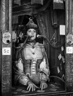 Vintage Circus via Antipahtico