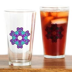 Celtic knotwork hearts Drinking Glass