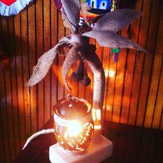 Lampara Artesanal Elaborado con coco y su corteza