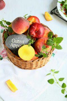 Summer Salad with Goji Berries and Poppy Peach Vinaigrette