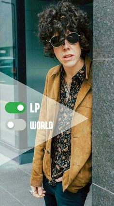 LP - Laura Pergolizzi | wallapper | instagram repost: @lp.laurapergolizzi