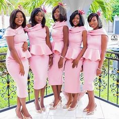 Take a look at the latest bridal train styles in Africa- NIGERIAN 2020 WEDDING STYLES to get inspired and find out how to look gorgeous and chick. African Bridesmaid Dresses, African Print Dresses, African Dress, African Men, Wedding Attire, Wedding Gowns, Wedding Bridesmaids, Latest African Fashion Dresses, Wedding Styles