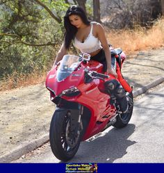 Women- Ducati 899 Panigale Sportbike - Ducati 899 Panigale - ID: 669974