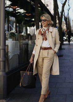 Over 60 Fashion, Fashion Over 50, Fashion Looks, Clothes For Women Over 50, Stylish Clothes For Women, Mode Outfits, Fashion Outfits, Womens Fashion, Classy Outfits