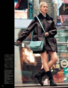 Le Beret Noir . — koreanmodel: Soo Joo by Walter Chin for Vogue...