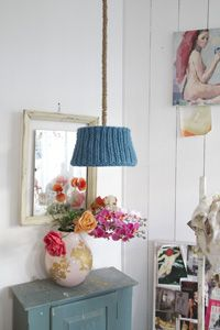 vintage art, knitted stuff and flowers = granny chic