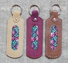 Брелки  из кожи и декоративной шёлковой ткани .  #брелки , #кожаные_брелки , #кожа , #сувениры , #кожаные_сувениры , #keychain , #leather_keychain , #leathercraft , #handmade_souvenirs