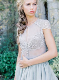 Jeanne D'Arc wedding inspiration