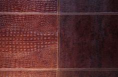 Detalhe de painel em couro lezard e croco café com costura dupla da Laeder. #laeder_couro #design #decor #interiordesign #decoracao #interior #leather #estilo #madeinbrazil #quarto #bedroom #dormitorio Design, Bed Headboards, Tiling, Dashboards, Leather, Bedroom, Interiors, Style, Design Comics