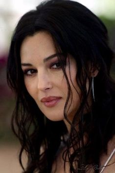 Malena Monica Bellucci, Monica Belluci, Beautiful Celebrities, Most Beautiful Women, Angelina Jolie Makeup, Bond Girls, Italian Actress, Italian Beauty, Cute Beauty