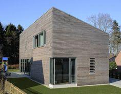 Holzhaus mit ausgezeichnetem Grundriss (von Elisabeth Liebing)