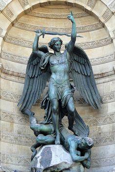 Statues of Fontaine Saint-Michel, Paris
