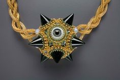 Green Gold Stone Eyeball Mace Necklace