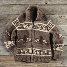 Vintage Thunderbird Cowichan Sweater I think I might still have one of these, from one of my Canada trips. Cowichan Sweater, Wool Cardigan, Vintage Wool, Vintage Sweaters, Country Wear, Chunky Wool, How To Purl Knit, Sweater Making, Baby Knitting