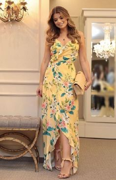 Nice Dresses, Casual Dresses, Fashion Dresses, Classy Outfits, Beautiful Outfits, Moda Floral, Indian Fashion Designers, Beachwear Fashion, Stylish Clothes For Women