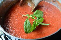 Simple Tomato Sauce (Marinara) — ButterYum Source by Easy Marinara Sauce, Easy Tomato Sauce, Homemade Spaghetti Sauce, Homemade Tomato Sauce, Tomato Sauce Recipe, Canned Tomato Sauce, Homemade Pasta, Sauce Recipes, Pasta Recipes