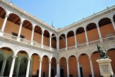 1550-1564. Patio del Alcázar de Toledo. El diseño para realizar el patio del alcázar fue de Alonso de Covarrubias pero la obra fue ejecutada por Gaspar de Vega y Francisco de Villalpando.