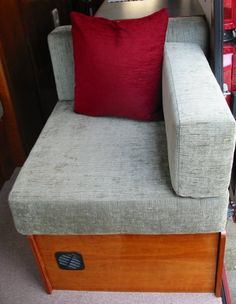 Deep Red - A self-build motorhome - beds seats Rv Sofa Bed, Diy Sofa, Chair Bed, Diy Bed, Camper Beds, Diy Camper, Camper Van, Camper Furniture, Diy Furniture
