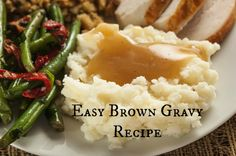 Easy Brown Gravy Recipe - - Making your own gravy brown gravy is just as quick as packaged, but so much better for you! After you taste your own gravy you might not go back. Brown Gravy Recipe Easy, Homemade Brown Gravy, Quick Gravy Recipe, Brown Chicken Gravy Recipe, Gluten Free Brown Gravy Recipe, Flour Gravy Recipe, Brown Gravy Mix, Gravy From Scratch, Side Dishes