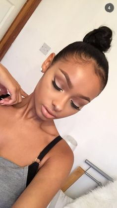 Flawless Makeup Face Beaat Nude Pink Eyeshadow Natural Foundation Eyeliner Eyebrows On Fleek Contour Highlight Beautiful High Bun Hair Hairstyle Style Slicked Edges Baby Hair Gel