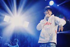 Liam Payne performing at #KDWBJingleBall (4/12)