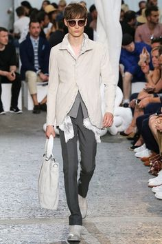 See all the Collection photos from John Varvatos Spring/Summer 2015 Menswear now on British Vogue Unisex Fashion, Fashion Wear, Fashion Show, Mens Fashion, Fashion Design, Fashion Styles, Paris Fashion, Runway Fashion, Spring 2015 Fashion