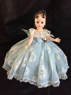 Vintage-Madame-Alexander-Cissette-Just-Beautiful