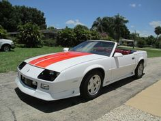 Are you looking for the first american car? Do you want something with removable roof? Just muscle car? Take a look at this Chevrolet Camaro Z-28 Convertible from 1992!