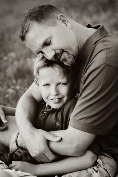 Let us look at Best Father-Son Photography Poses that can try out by this duo and cement their love and respect for each other till eternity. Father Son Photography, Children Photography, Family Photography, Photography Poses, Family Picture Poses, Family Posing, Family Portraits, Family Photos, Child Portraits