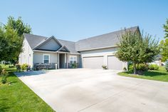 NEW Homes for Sale in Meridian Idaho w/ OPEN HOUSE. Come and Join Us this WEEKEND!!! August 20, Saturday. From 1:00PM - 3:00PM. It's an Immaculate 4 Beds, 3 Baths home w/ 3 Car Garage on Lakeview Golf Course (hole #5) at an AFFORDABLE PRICE of $279,900! Won't last long! HURRY! To schedule a private showing! Please CALL 208-297-3444 to get included on our VIP lists!!! View FULL DETAIL here http://juniper.juniperrealtygroup.com/homes/4465-W-Moon-Lake-Drive/Meridian/ID/83646/65846170/