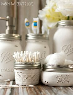BATHROOM ACCESSORIES HOLDING JAR You can also keep your daily bathroom accessories in these jars. Just decorate them by paint and put the things into it.