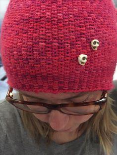 Details on the linen stitch-hat, with scullbeads. Yarn from Knitcrate. Linen Stitch, Crochet Hats, Detail, Fashion, Knitting Hats, Moda, La Mode, Fasion, Fashion Models
