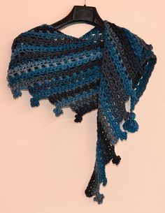 Ravelry: Arrival Crescent Shawl pattern by Charles Voth $3.95
