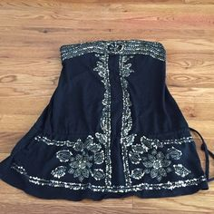 Strapless top Black strapless top with glitter design down the front XOXO Tops