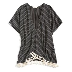Like this look. Casual but classic with the stripes and fun with the fringe. Looks breathable for summer!