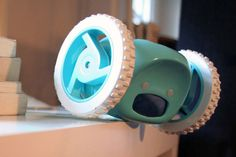 Robot 'Clocky' will get you up and running