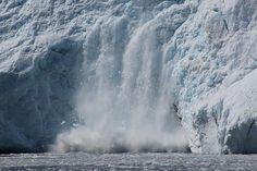 un fronte sul mare del ghiacciaio Holgate