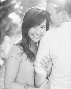 18 Poses For Your Engagement Photos - Mon Cheri Bridals