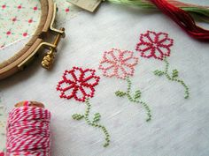 Cross Stitch Flowers Free pattern with colorcode