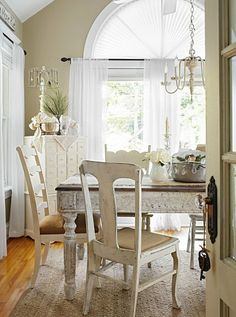 Shabby Chic Farmhouse Dining Room - via Midwest Living