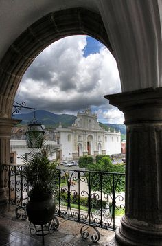 Gorgeous photograph of #Guatemala from @RebeccaWilks