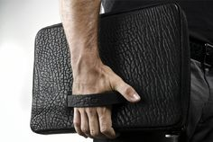 Parabellum Bison and Kevlar - The Parabellum Bison and Kevlar laptop and iPad cases are light and durable. The portfolio style case is made from a lightweight Kevlar material an. Hard Graft, Leather Company, Ipad Sleeve, Vogue Fashion, Travel Style, Ipad Case, Laptop Sleeves, Leather Bag, Bison