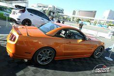 Ford Mustang Convertible Hardtop (2011)