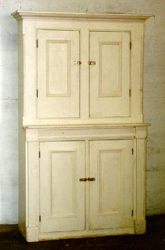 Early American Federal white painted pine cupboard c1800