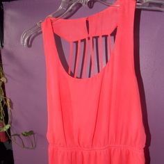 Adorable coral dress Flowy, above knee length dress. Caged back. Great for summer, spring. NWOT, never worn. Not F21, willing to negotiate price. Forever 21 Dresses Midi