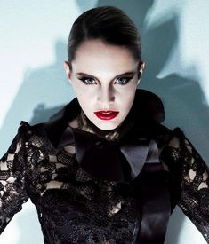 Anna Calvi Lyrics, Photos, Pictures, Paroles, Letras, Text for every songs