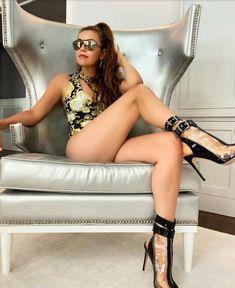 Thalia, Feeling Happy, Diva, Strong, Legs, Feelings, Stars, Celebrities, Women